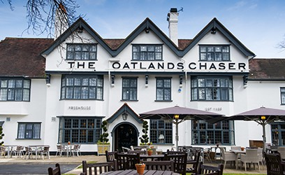 The Oatlands Chaser, Weybridge and Innkeeper's Lodge