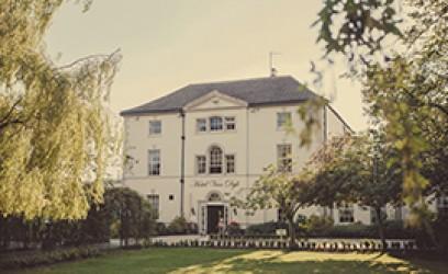 Van Dyk Country House Hotel
