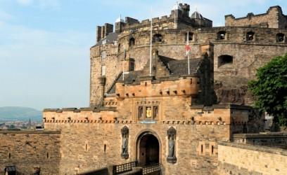Secrets of the Royal Mile & Edinburgh Castle: Walking Tour